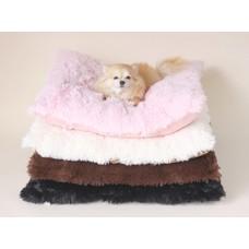 Роскошная мягкая кровать